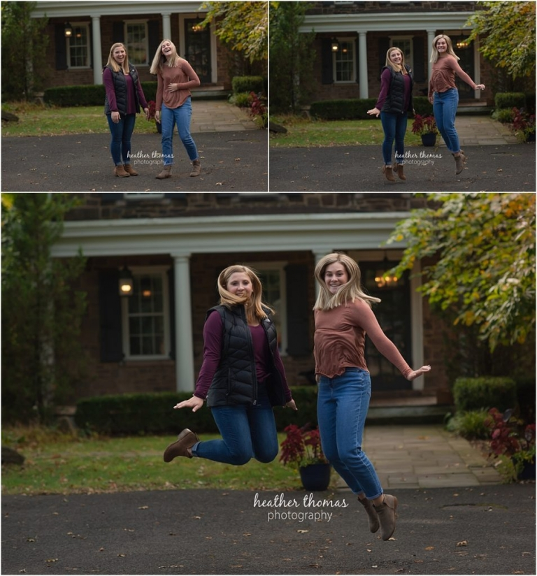 senior portraits girls jumping